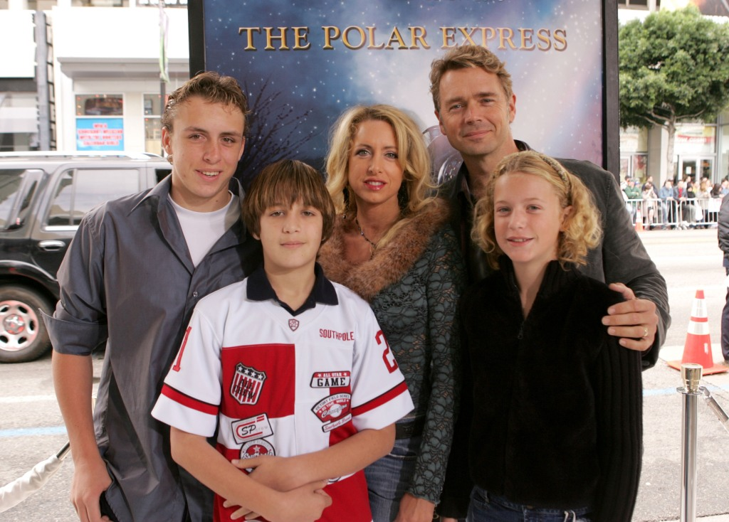 John-Schneider-family