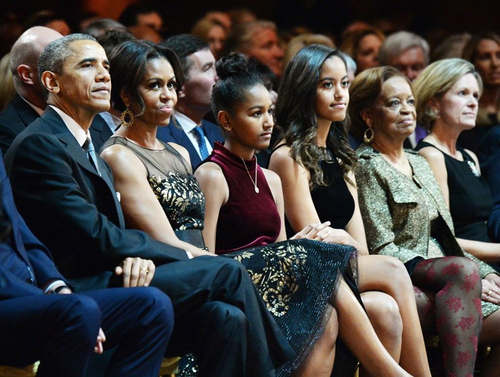 Malia-Obama-Barack-Michelle-Prom-Night