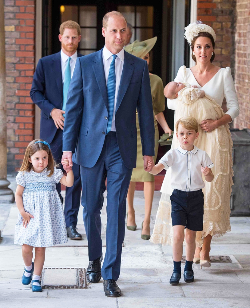 Royal Family Christmas Card: Prince George Spotted Wearing Pants For First Time