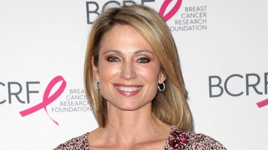 amy-robach-climbs-mount-kilimanjaro-to-celebrate-5-years-breast-cancer-free(