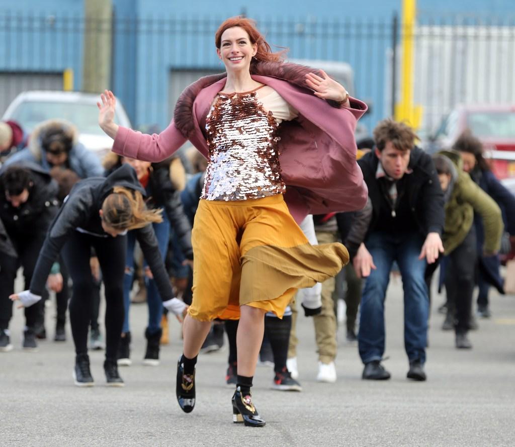 """Anne Hathaway filming """"Modern Love"""""""