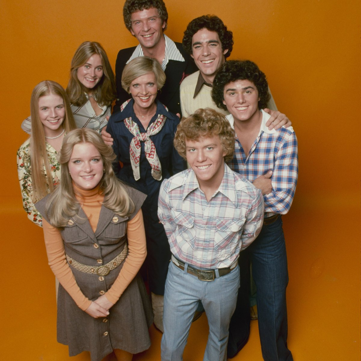 The Brady Bunch Variety Hour Gets An Exclusive Behind The