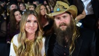 chris-stapleton-says-nothing-would-be-possible-without-the-support-from-his-village