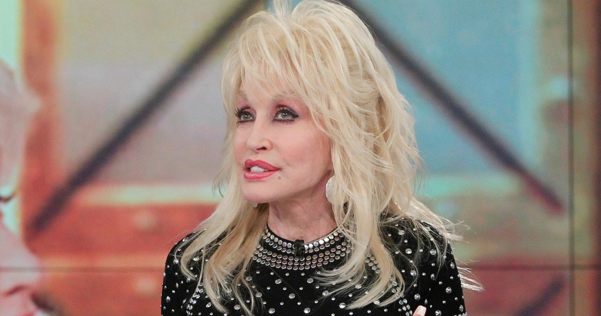 Dolly Parton Talks Body Image And Says Her Weight Has Always Been