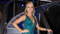 evanna-lynch-receives-support-from-former-harry-potter-co-stars-on-dwts