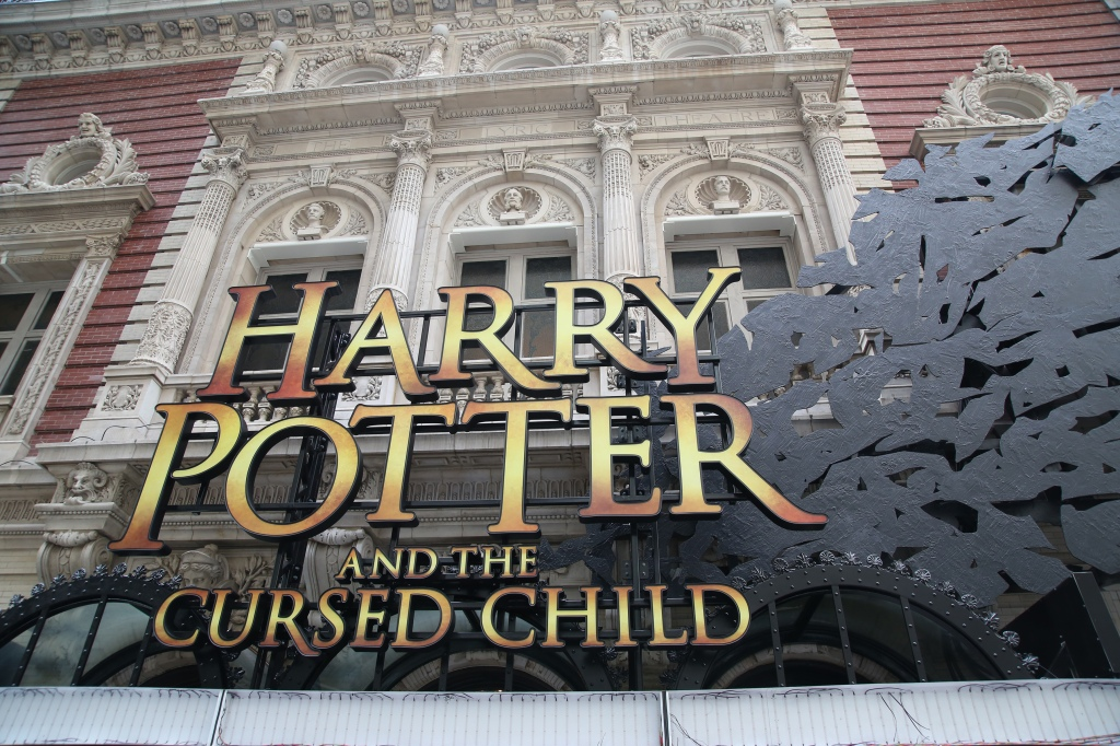 harry-potter-marquee