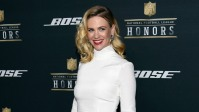 january-jones-looks-unrecognizable-with-pink-hair-see-the-pic