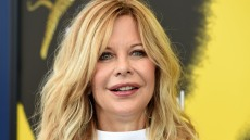 john-mellencamp-thinks-meg-ryan-is-crazy-but-he-loves-her-source-says