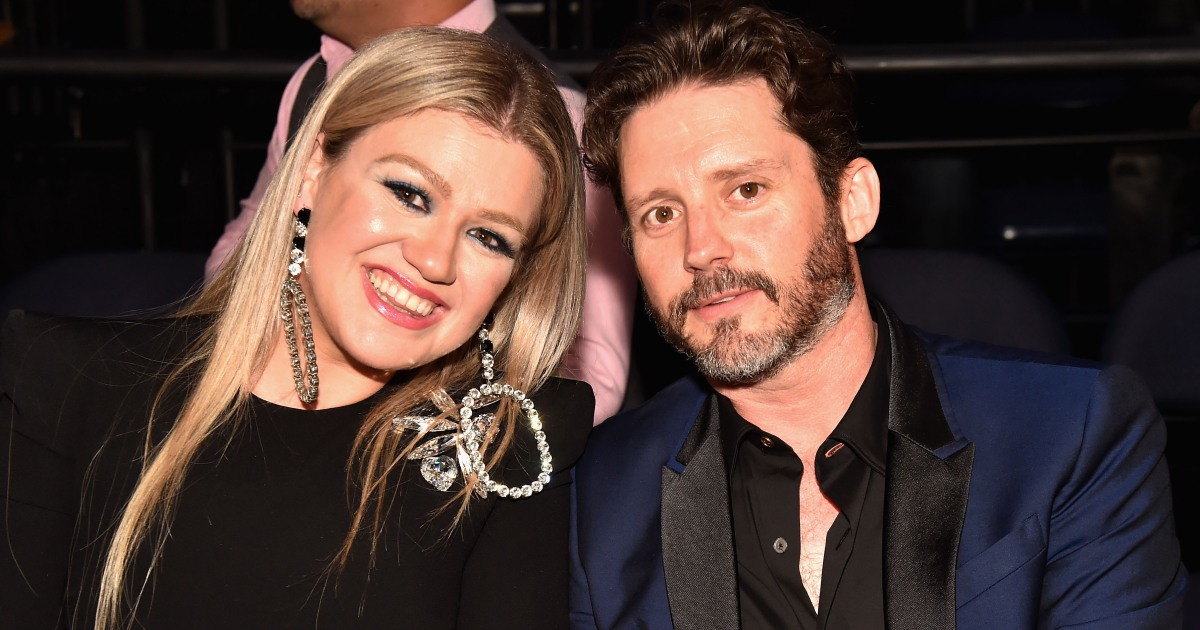 d3ffa0f5f50 Kelly Clarkson Opens Up About Her Marriage By Giving Fans Relationship  Advice   You Have To Work At It