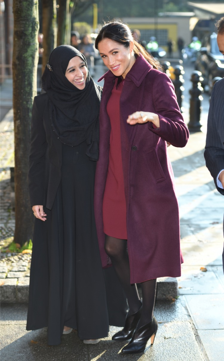 meghan-markle-burgandy-coat