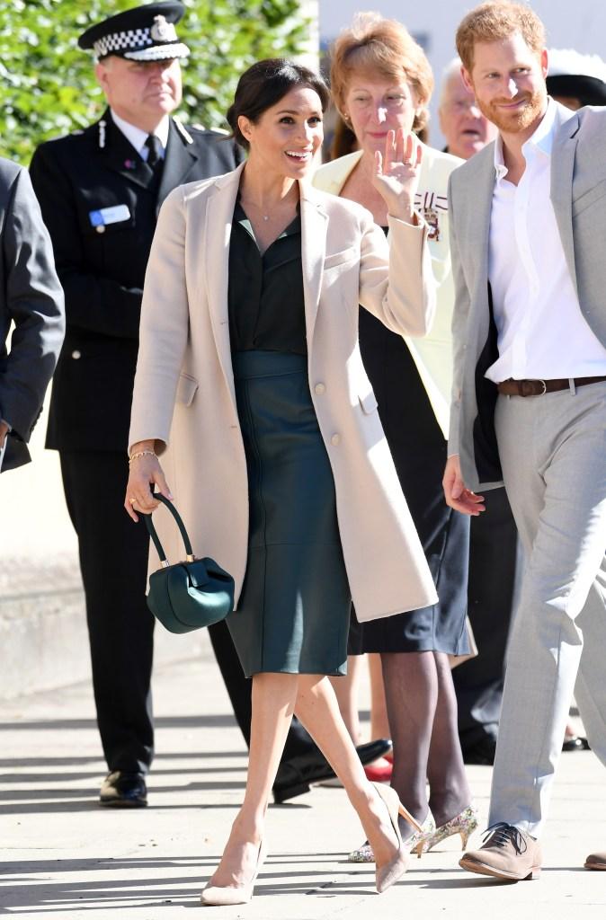 meghan-markle-green-dress-beige-coat.jpg