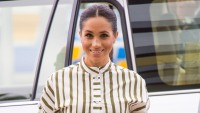 meghan-markles-writing-hobby-causes-a-surge-in-calligraphy-kit-sales
