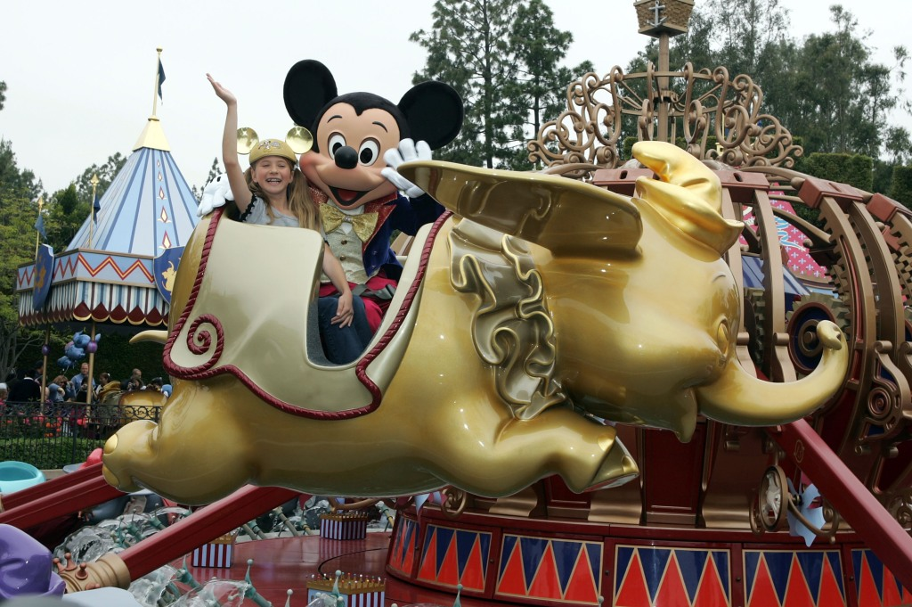 mickey-mouse-dumbo