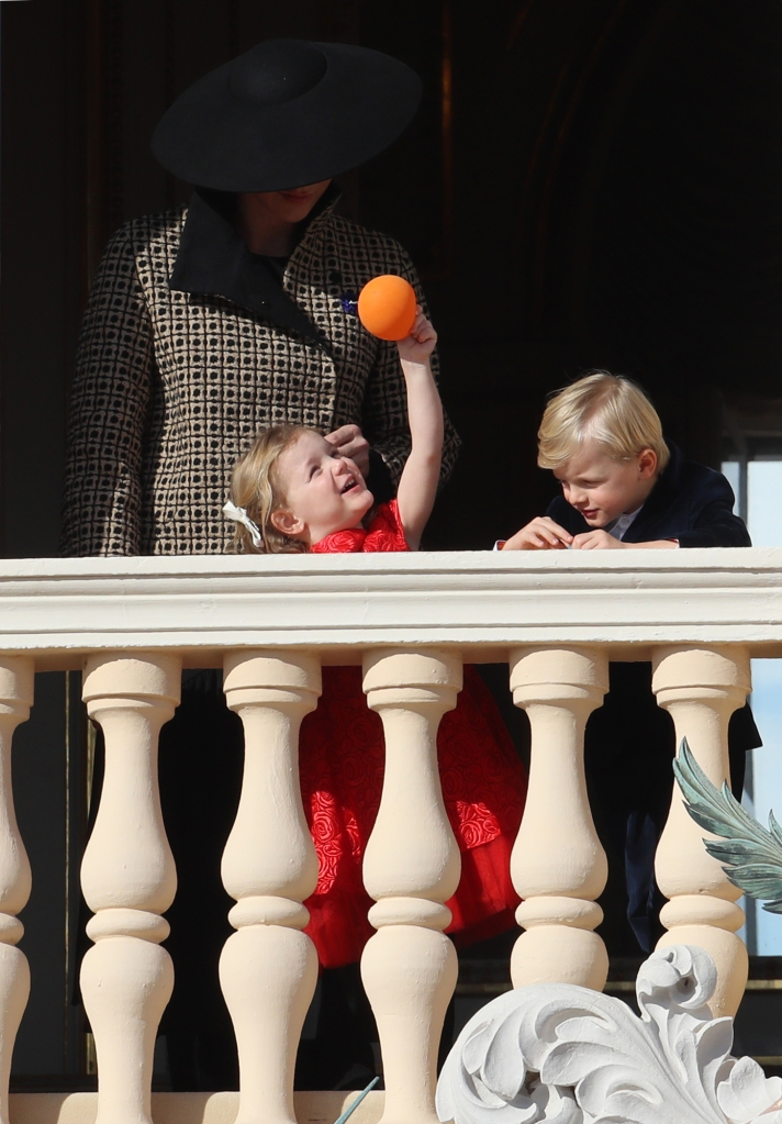 princess-gabriella-balloon