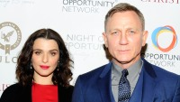 rachel-weisz-says-daughter-does-look-very-like-husband-daniel-craig