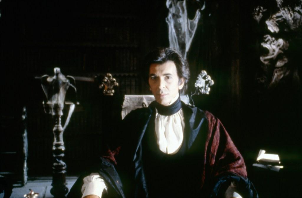 vampire-talk-frank-langella-2