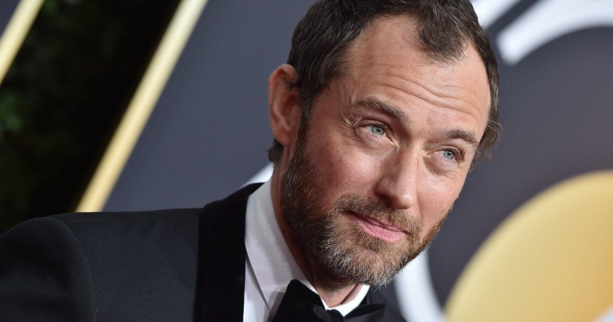 Jude Law Candidly Reve...