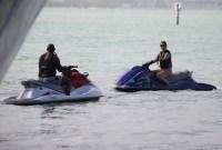 *PREMIUM EXCLUSIVE* Katie Holmes and boyfriend Jamie Foxx ride jet skis in Miami on New Year's Eve weekend