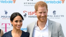 Meghan-Markle-blue-jean-dress-prince-harry-jean-swhite-shirt-gray-blazer