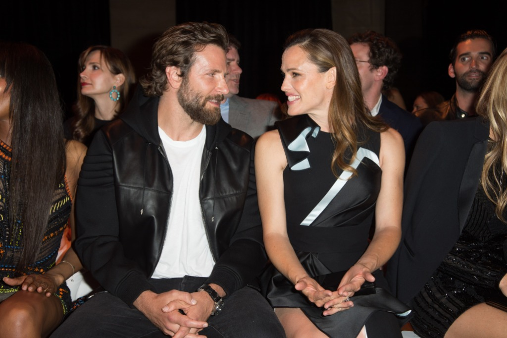 bradley-cooper-black-jacket-black-pants-jennifer-garner-black-dress-versace-paris-fashion-week