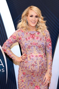 Carrie Underwood CMAs pregnancy