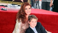 debra-messing-son-roman-hollywood-walk-of-fame