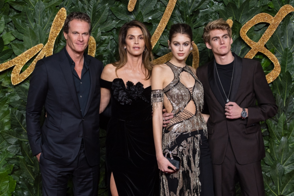 cindy crawford s daughter kaia 17 looks all grown up as model of