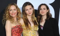 leslie-mann-daughters