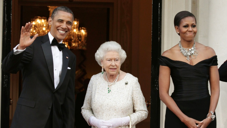 michelle-obama-barack-queen-elizabeth