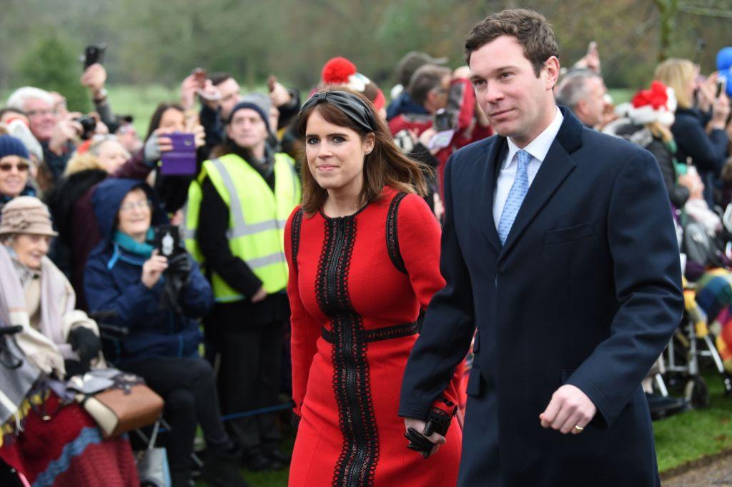 princess-eugenie-jack-brooksbank-red-dress-christmas-walk