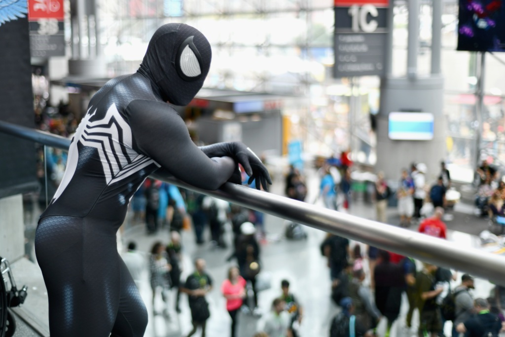 spiderman-black-costume