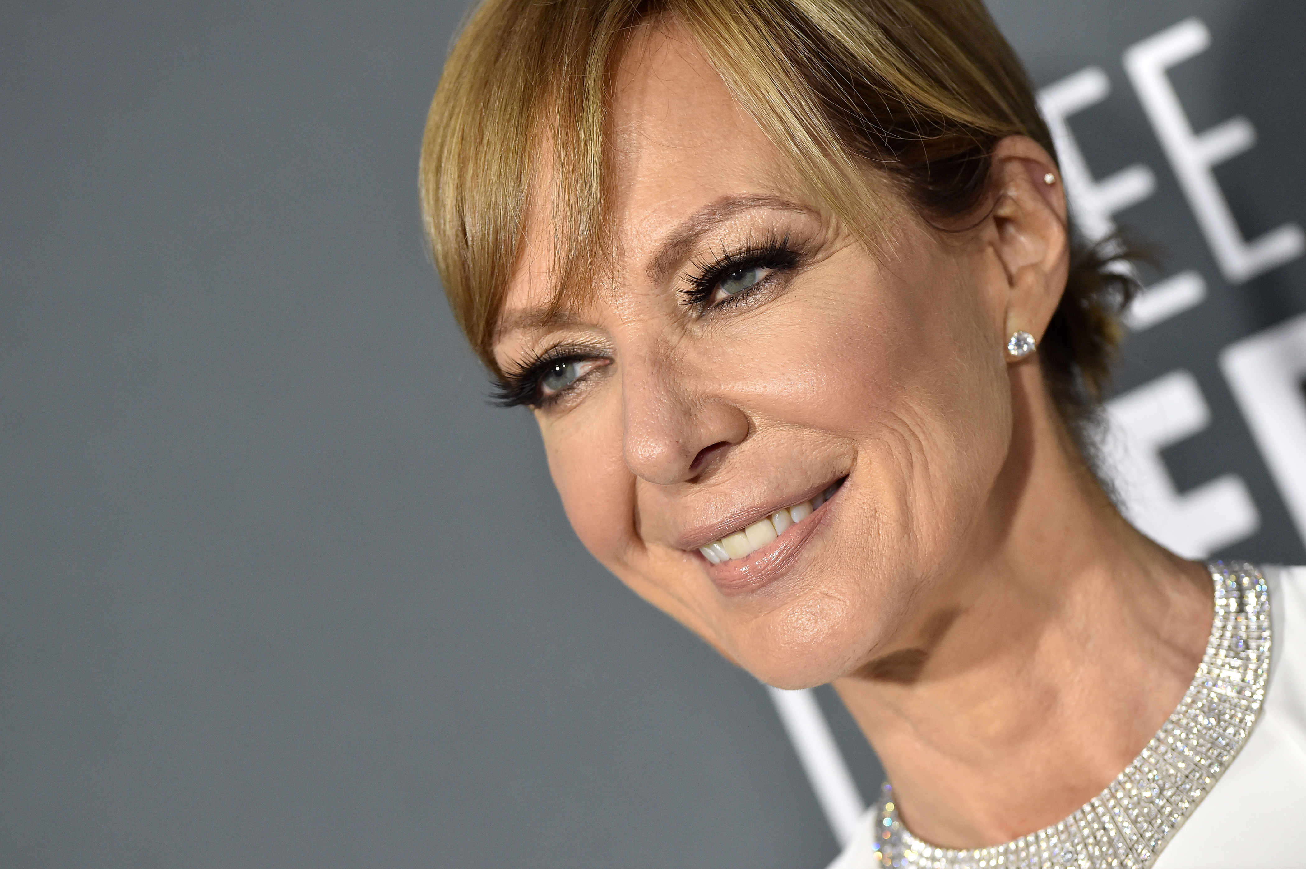 Allison Janney Pics allison janney is looking for a 'hot pants' man thanks to