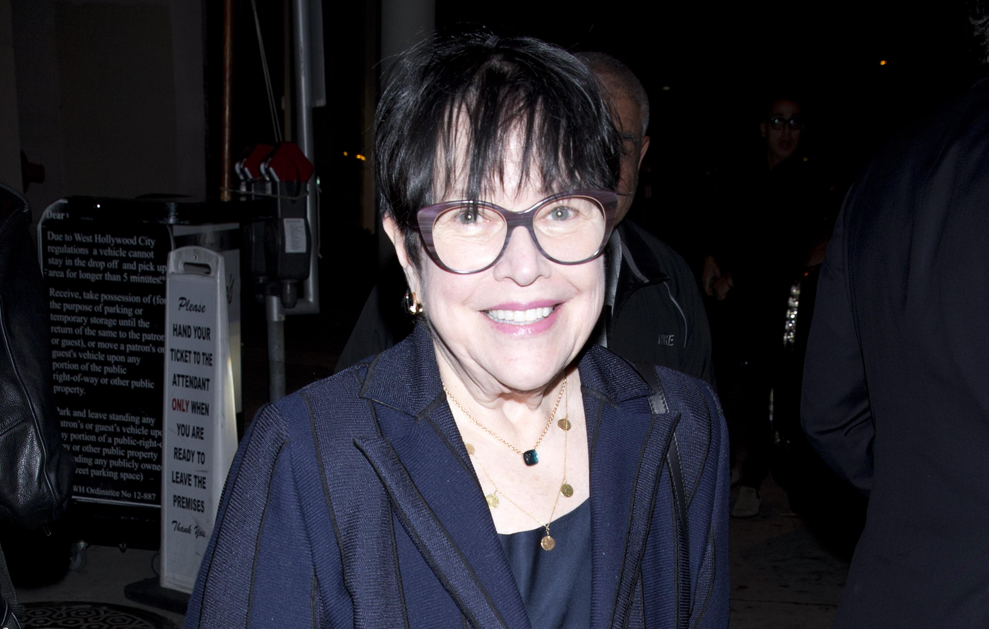 Kathy Bates Nude Photos 58