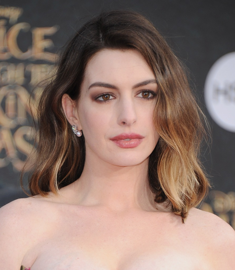 """Actress Anne Hathaway arrives at the Los Angeles Premiere """"Alice Through The Looking Glass"""""""