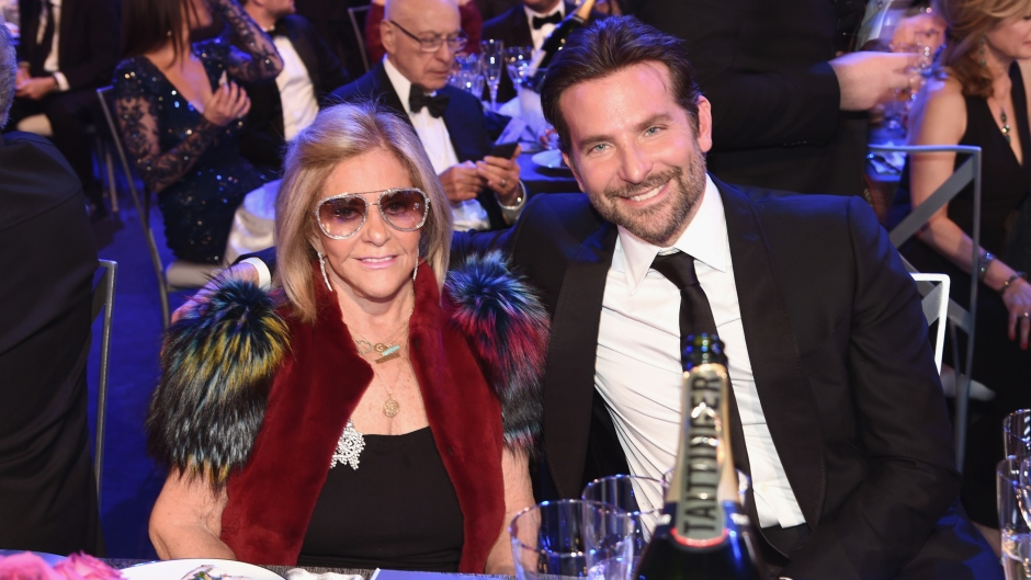 bradley-cooper-mom-sag-awards-date