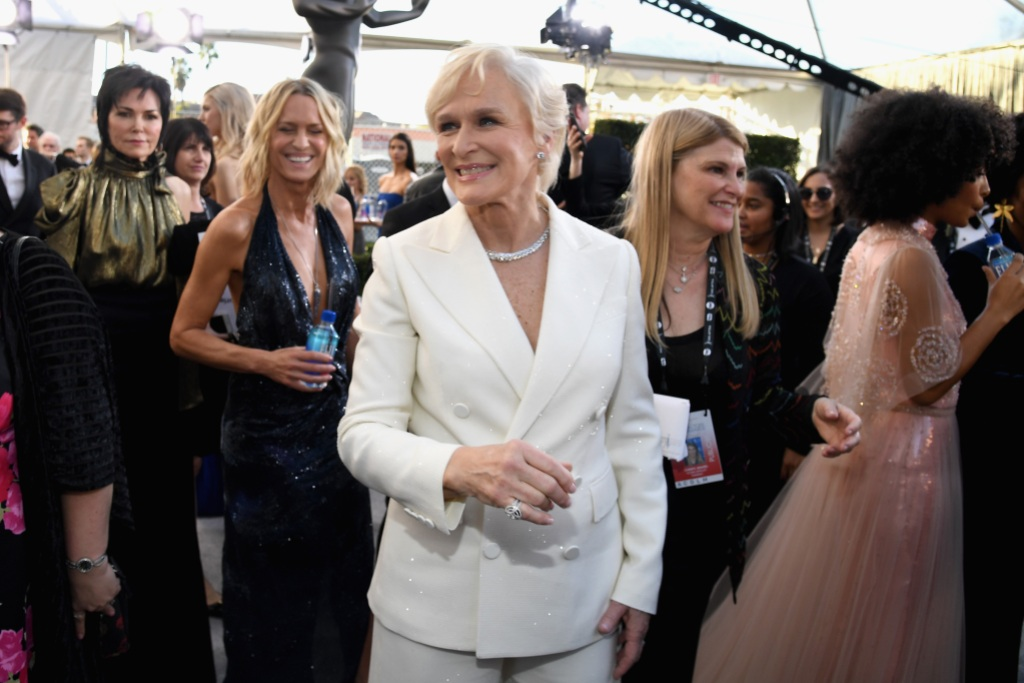 Glenn Close attends the 25th Annual Screen Actors Guild Awards