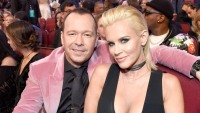 donnie-wahlberg-american-music-awards
