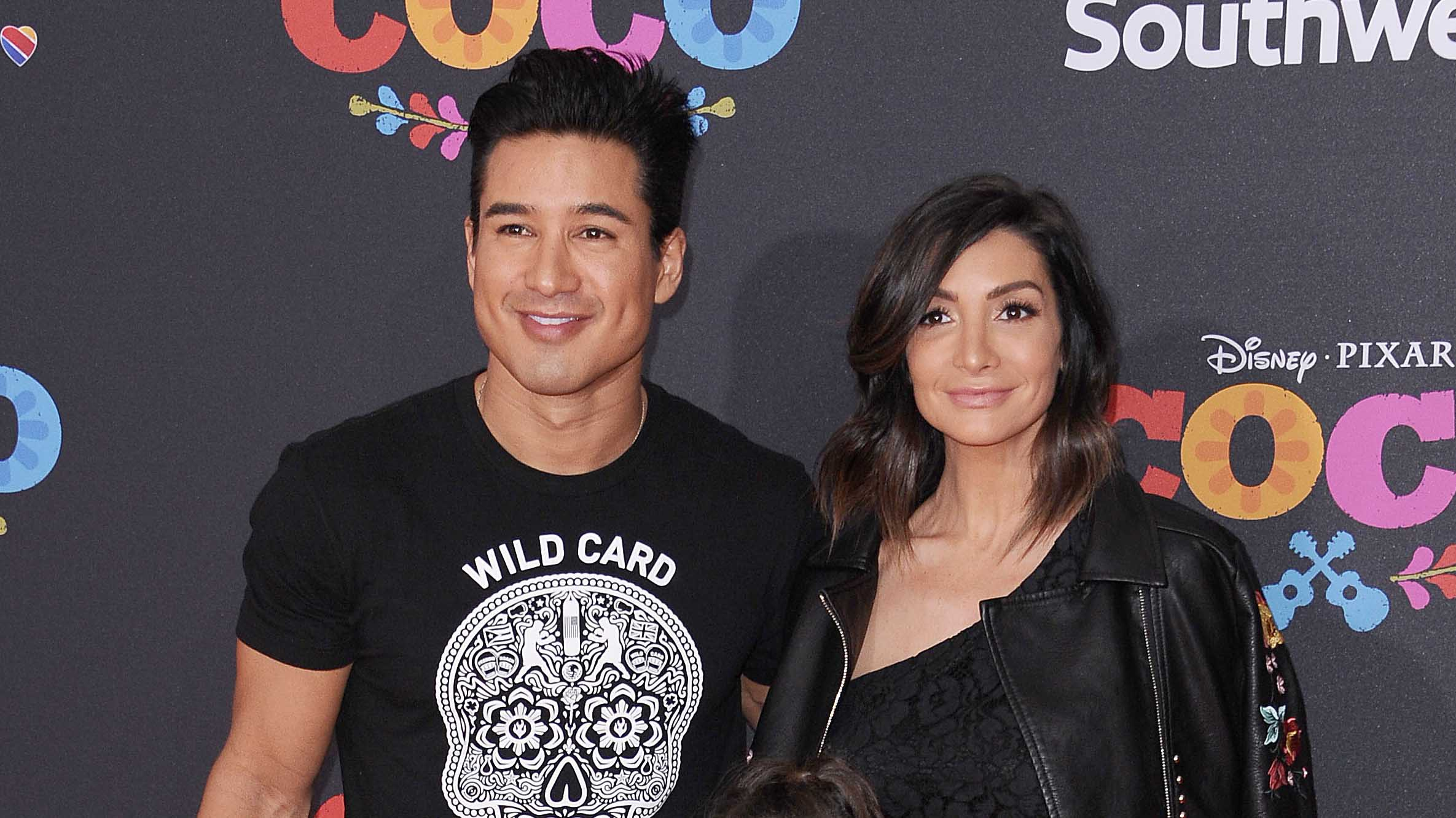 Mario Lopez S Wife Courtney Mazza Is Pregnant With Third Baby