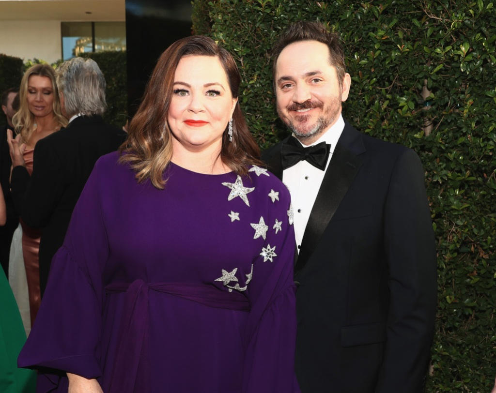 melissa-mccarthy-golden-globes-purple-gown