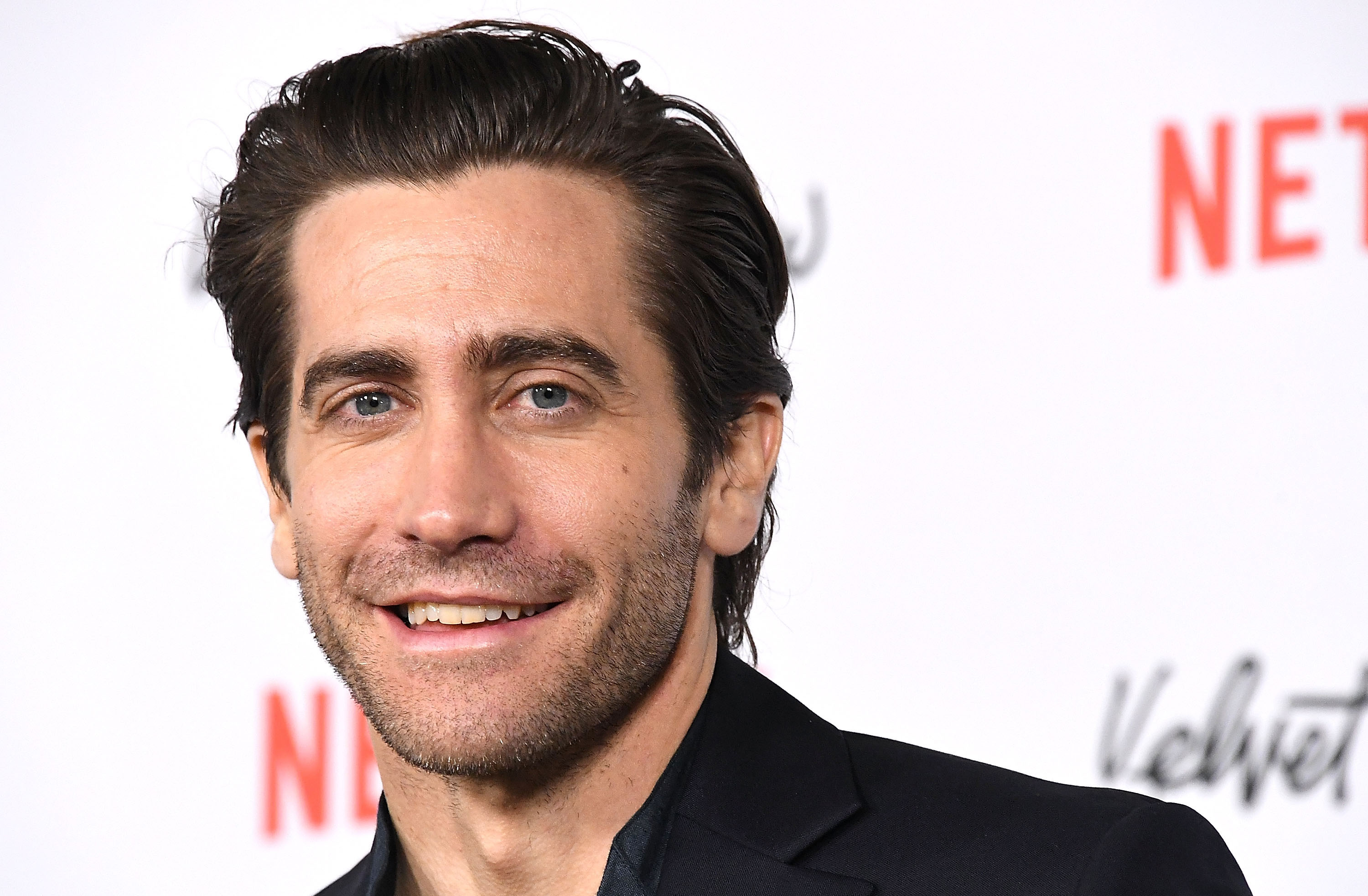 Jake Gyllenhaal Stopped His Play Mid-Performance to Give Coughing Audience Member Water