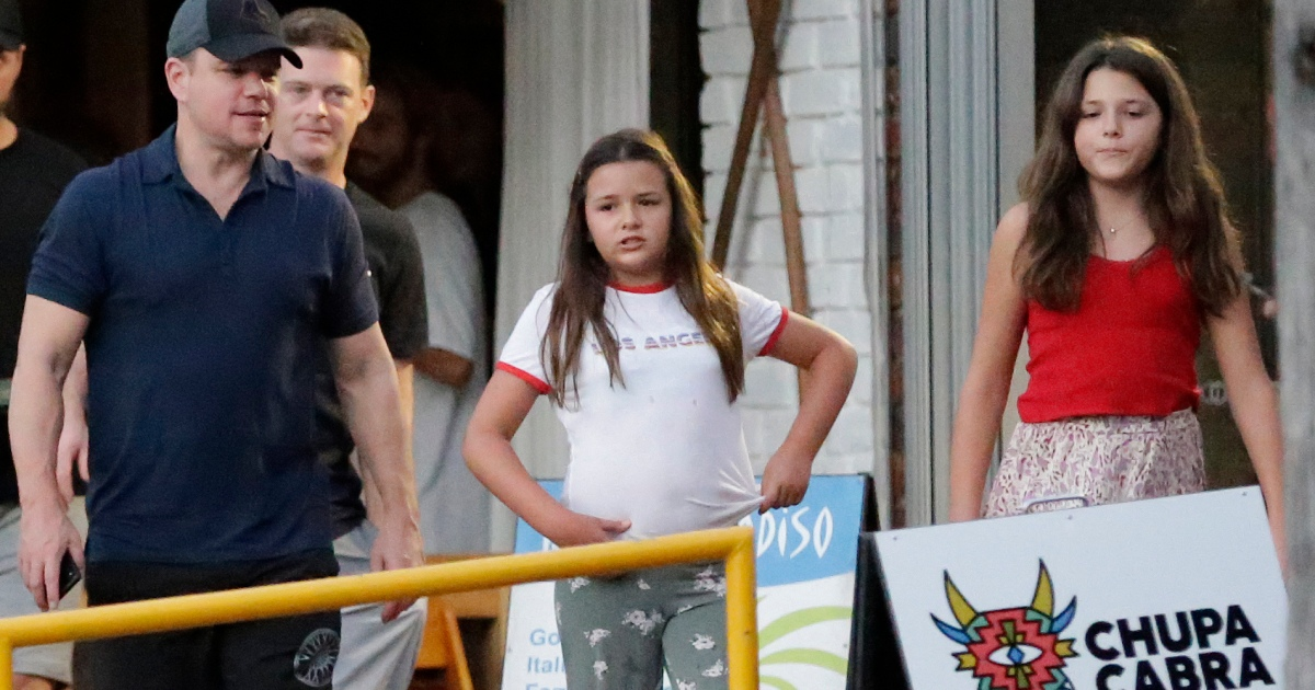 Matt Damon Steps Out With His Daughters In Australia