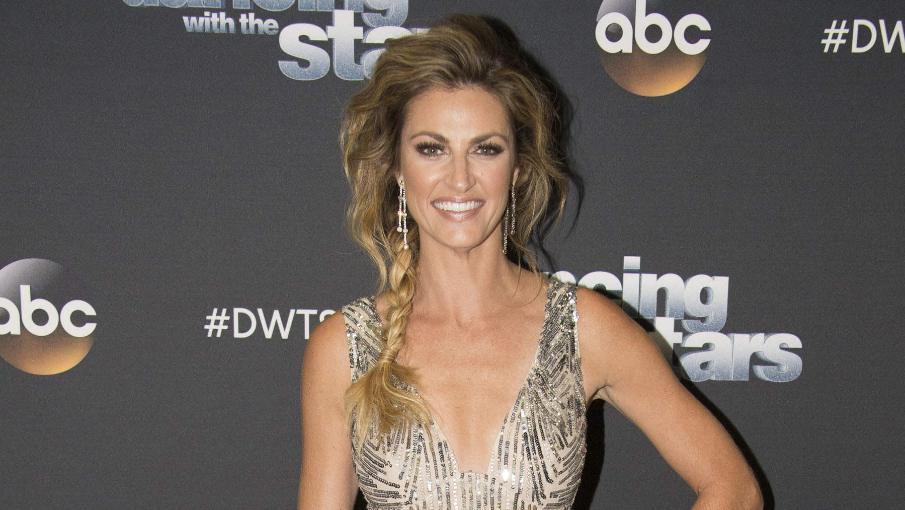 Erin Andrews Reveals Her Cervical Cancer Battle Strengthened Her Marriage to Jarrett Stoll: 'He Was Amazing'