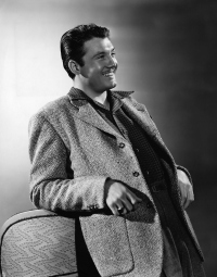 george-reeves-portrait-1