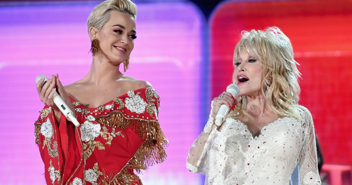Katy Perry Accused of Upstaging Dolly Parton During ...