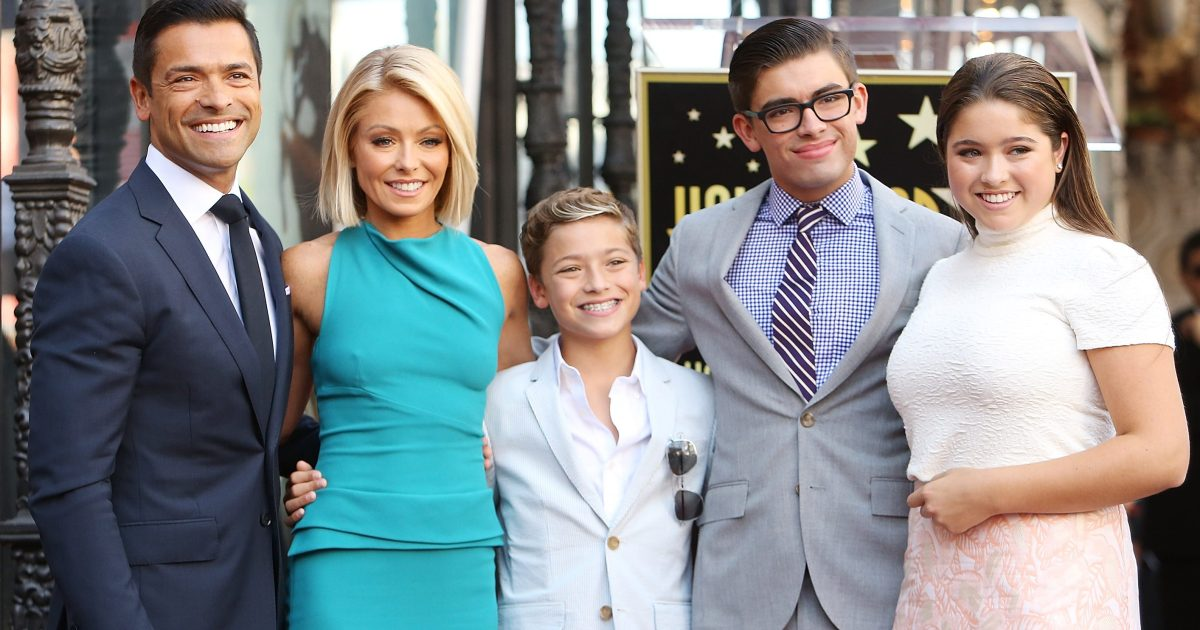 Kelly Ripa And Mark Consuelos Times They Embarrassed