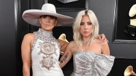 lady-gaga-jennifer-lopez-grammy-awards