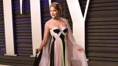 Selma Blair attends the 2019 Vanity Fair Oscar Party