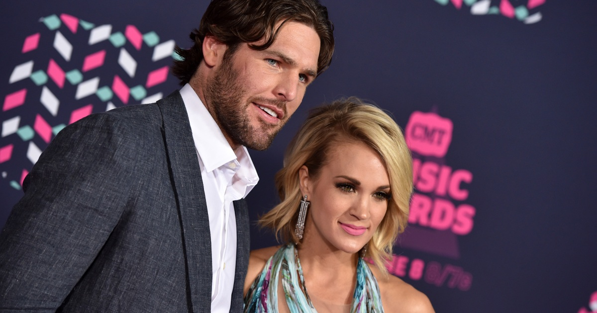 fc9f84f798f Carrie Underwood's Husband, Mike Fisher, Celebrates Becoming a U.S. Citizen  on Instagram: 'I'm Officially American'