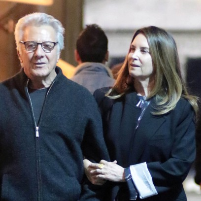 Dustin Hoffman Wife