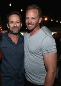 Ian-Ziering-luke-perry-annual-comic-con-party